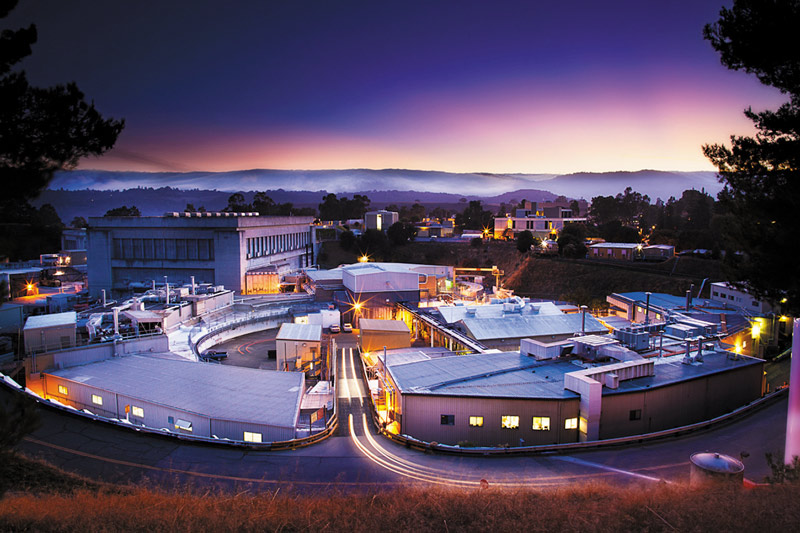 SLAC National Accelerator Laboratory | Society of Physics ...