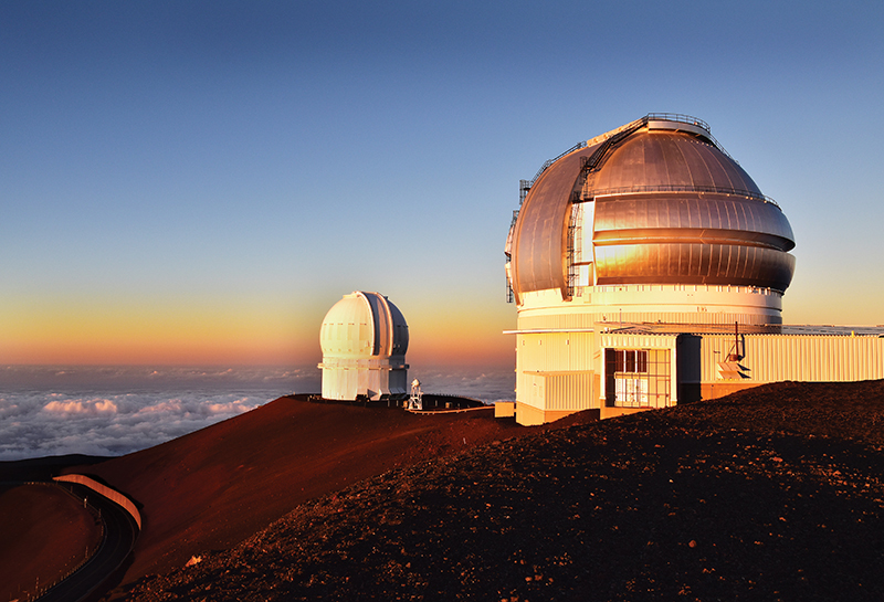 Mauna Kea Observatory. Photo by E Palen (Flickr)