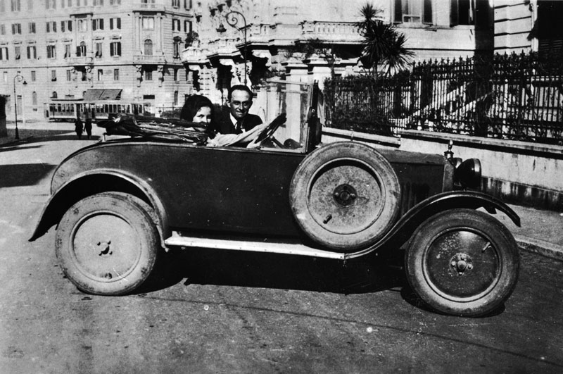 Enrico Fermi and his wife, Laura. The car appears to be a Fiat 514, model year ca. 1930. Photo courtesy of Argonne National Laboratory.