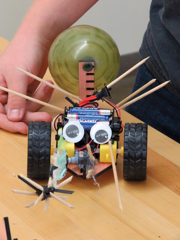 A battle bot ready for battle. Photo courtesy of the University of Wisconsin – Platteville SPS chapter.
