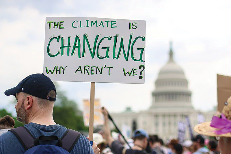 People's Climate March, Washington, DC, April 2017. Photo by Nicole Glass Photography / Shutterstock.com.